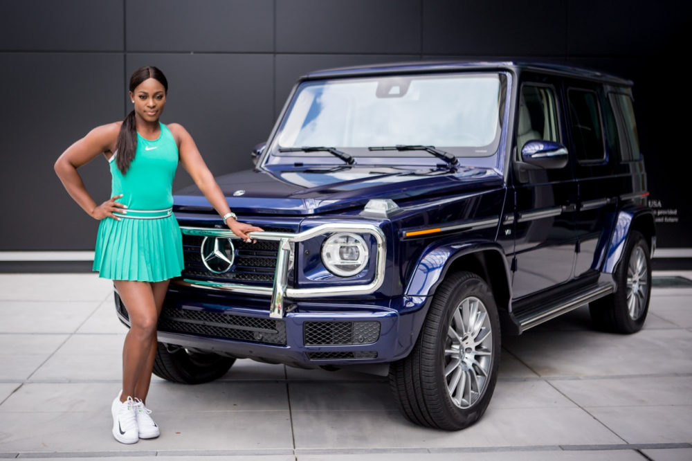 Sloane stephens signs with mercedes benz as global for Mercedes benz of usa